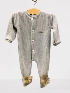 Pelele bebé - Punto gris com pompones de visón