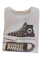 Camiseta brillo zapatillas