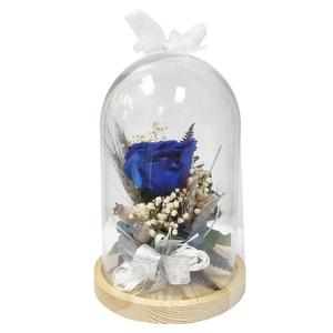 Cúpula de cristal con rosa eterna azul.