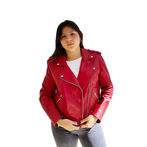 Cazadora de cuero color rojo