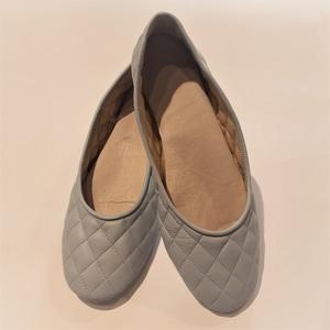 Zapatilla Tipo Chanel Celeste