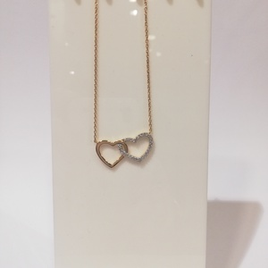 Collar de oro doble corazón con circonita
