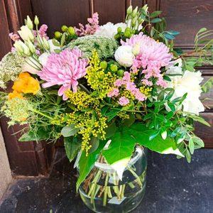 Jarrón con flores de temporada Grande