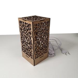 Lámpara de diseño decorativa. Modelo 'Cristal roto'