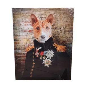 Lienzo Perro Uniforme General