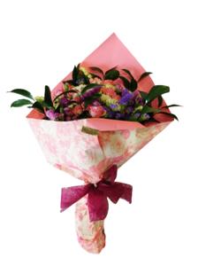 Ramo de flores de rosas variadas