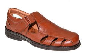 Sandalia de caballero marrón