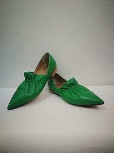 Zapato plano verde