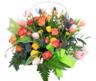 Cesta con Tulipanes y Rosas Ramificadas