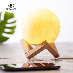 Lámpara con altavoz con forma de luna