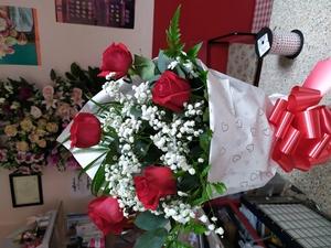 Ramo de 5 rosas rojas